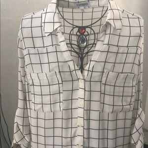 Button up V neck with collar
